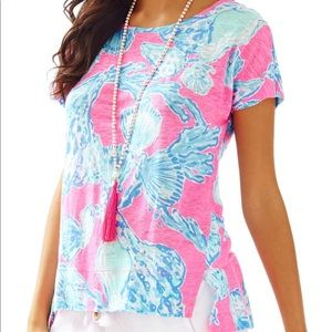 Lilly Pulitzer Mikela top in Barefoot Princess